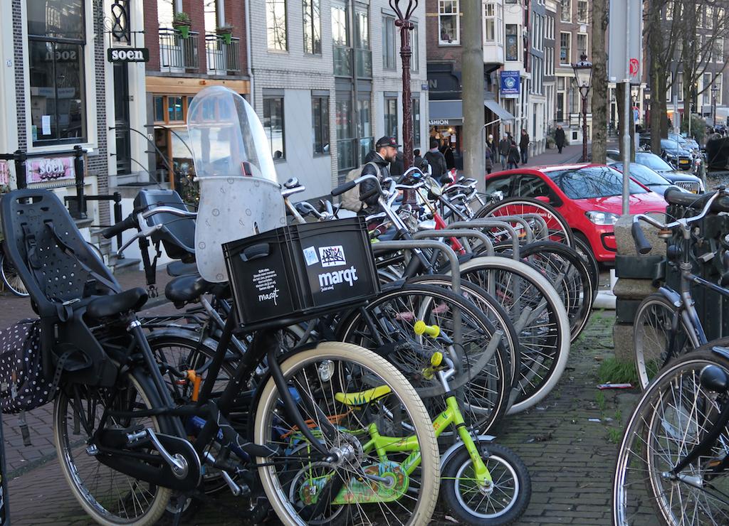 familjen cyklar amsterdam