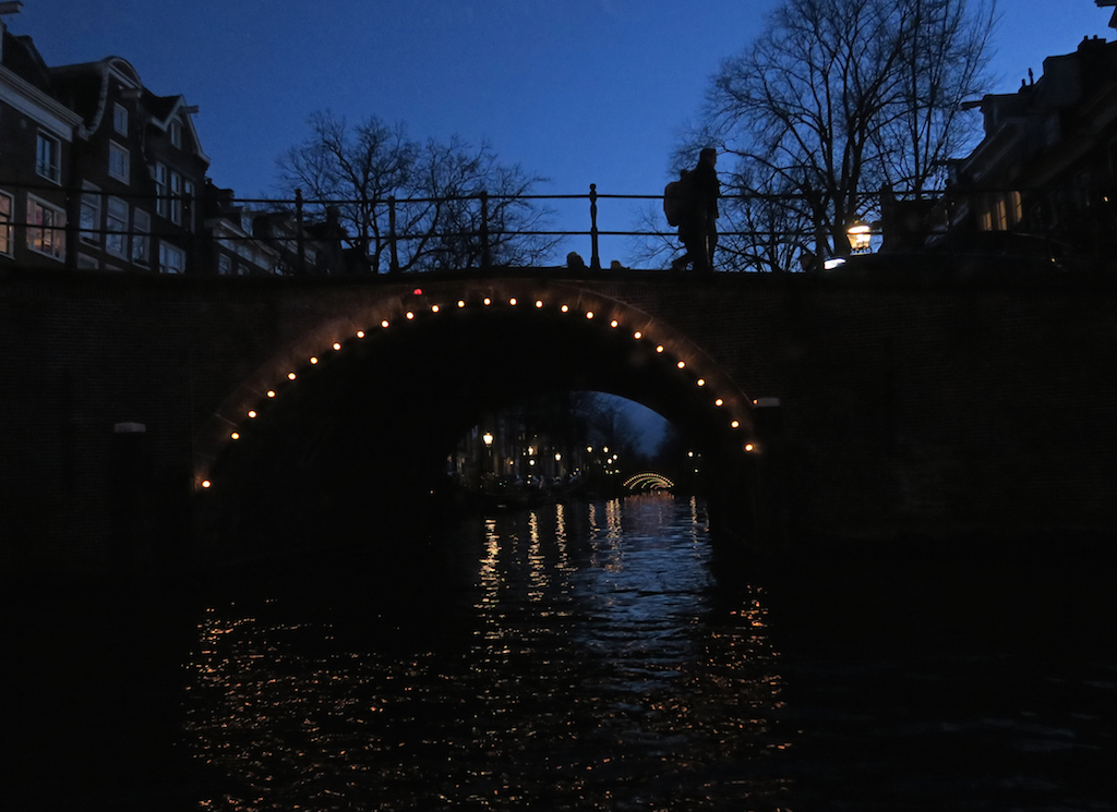 kanalbroar skymning